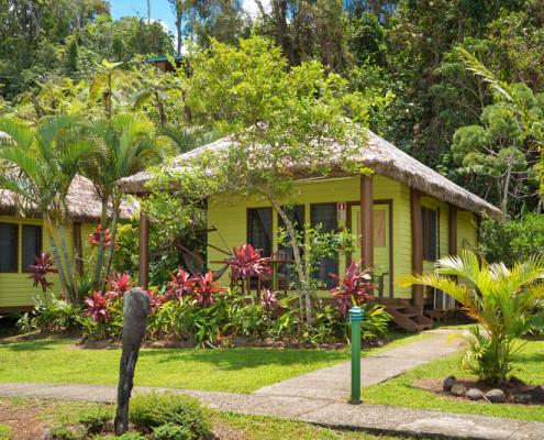Resort Fiji Bure Sunny