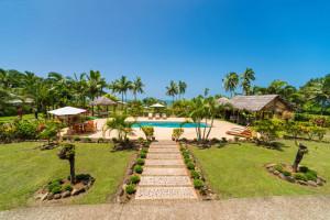 Resort Fiji Ocean View from Pool