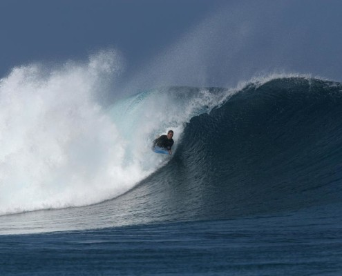 Surfing in Fiji Body-Boarding Pipe