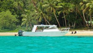 Fiji-surf-boats-Dau-Wai